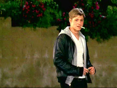 benjamin mckenzie with a cigarette.