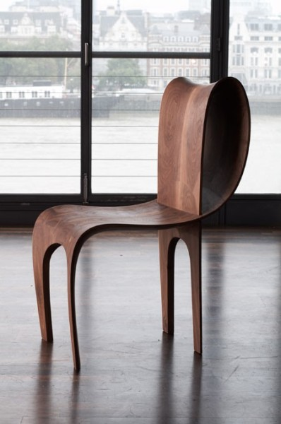 Contour Chair & Table