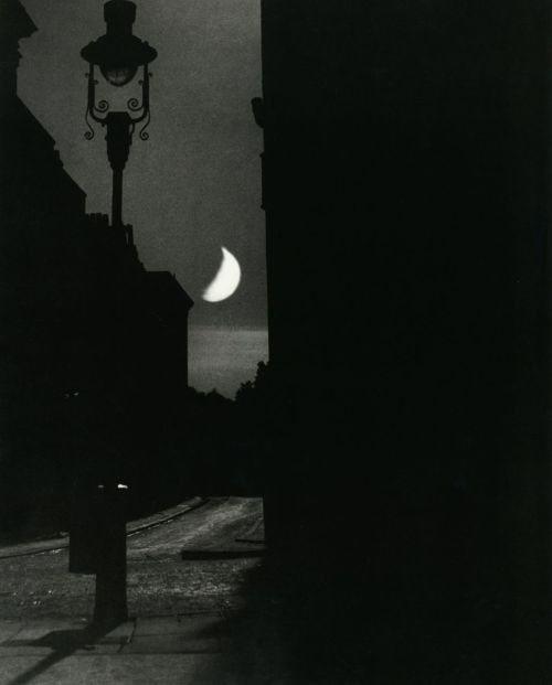 luzfosca:  Bill Brandt The Adelphi, 1939 From The Photography of Bill Brandt Thanks to yama-bato and liquidnight