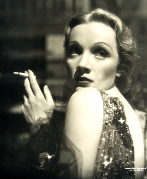 "Marlene Dietrich in a publicity shot for ""Knight Without Armor"" 1937"