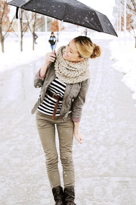 sweepmeup:  Cute outfit!