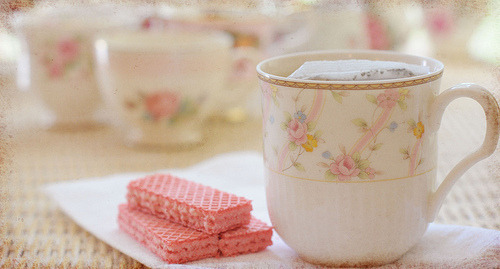 Tea with wafers