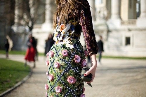 vogue:  STREET STYLE: Paris Fashion Week