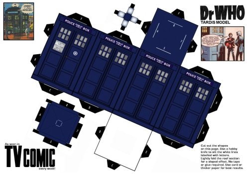 f—-yeahthetardis:  Paper Craft Tardis by gfoyle