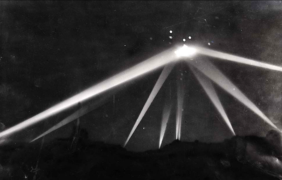 kateoplis:    Battle of L.A., Feb. 25, 1942: Searchlights converge on an unknown object in the skies over Los Angeles. During the early morning air-raid alert, more than 1,400 anti-aircraft shells are fired.   Assuming it was Japan attempting another attack; however Japan denied sending anything/anyone towards the west coast.