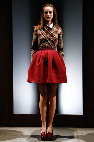 burdastyle:  More Carven Spring RTW 2011 (Source: Style.com)