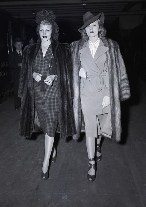 eveing:  calivintage:  Rita Hayworth & Marlene Dietrich.  So bad ass <3  There are no words that can describe the beauty and glamour contained in this photograph.