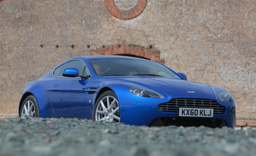 Peeking, the Aston Martin V8 Vantage S Still at 4.7 liters, the V-8's power is upped from 420 to 430 bhp and 346 lb.-ft. of torque to 361, thanks to changes to the intake tract and the spark timing. Aston didn't have an official 0–60 time, but it is likely sub-4.5 seconds with a claimed top speed of 189 mph.