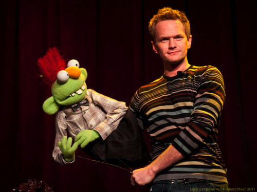 liezlwashere:  SF Sketchfest | In Conversation with Brian Henson | 01.23.11 Enjoy this picture of Neil Patrick Harris with puppet.  Courting Sketchfest: Neil Patrick Harris by. Liezl Estipona