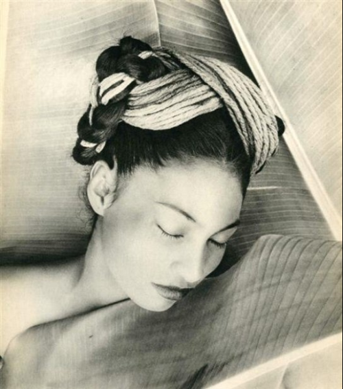 Composition #17, 1947, photo by Fritz Henle via kvetchlandia
