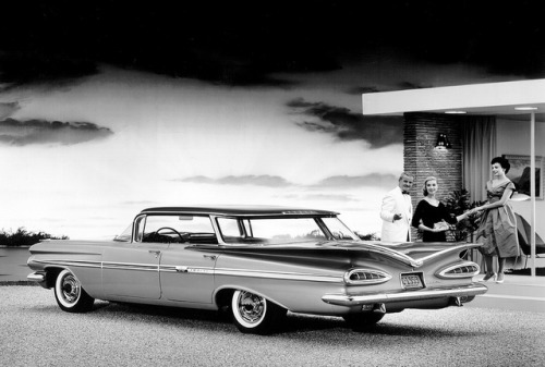1959 Chevrolet Impala Sport Sedan (via coconv).