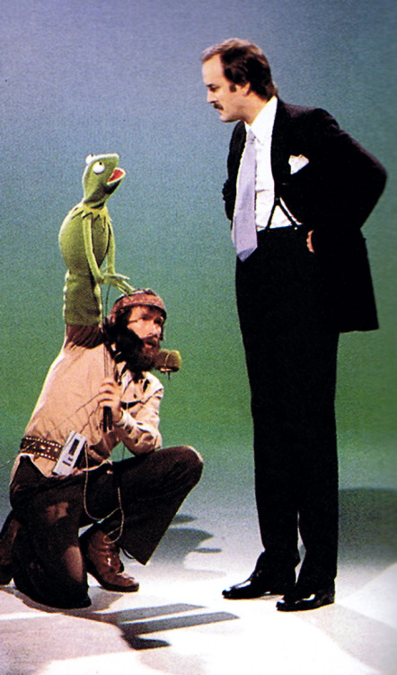 heyoscarwilde:  Here we are, it says I only work with the frog - that's you right? - the bear and the ugly disgusting little one that catches cannonballs. John Cleese and Jim Henson circa 1976 :: scanned from Jim Henson: The Works :: Random House Inc :: 1993
