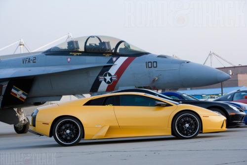 Cars and jets 580 bhp Lamborghini Murciélago at Lemoore