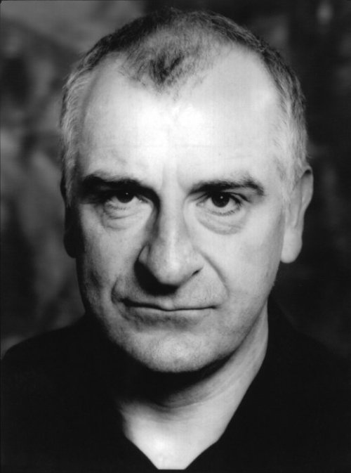 vonnegutandcathair:  Happy Birthday to Douglas Adams! He would have been 59 today.