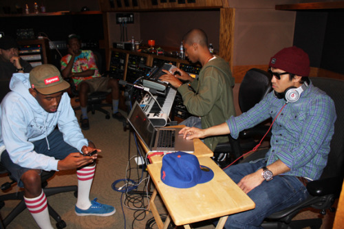 vyron:  odd future x the neptunes  So Chad Hugo wears sunglasses in the studio. Maybe because of all the sand witch es there. #poorpun