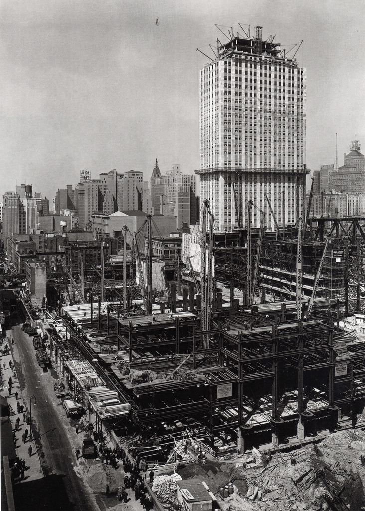 archimaps:  Rockefeller Center under construction, New York