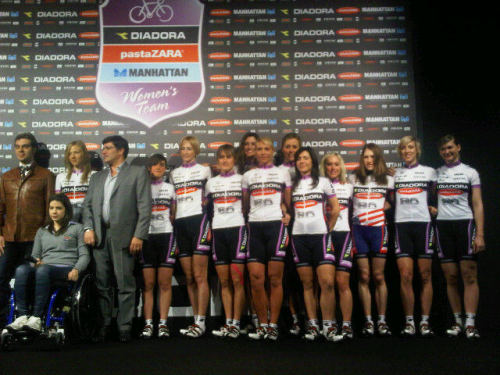 Diadora Pasta Zara team presentation - with Marina Romoli on stage! Manel Lacambra's yfrog