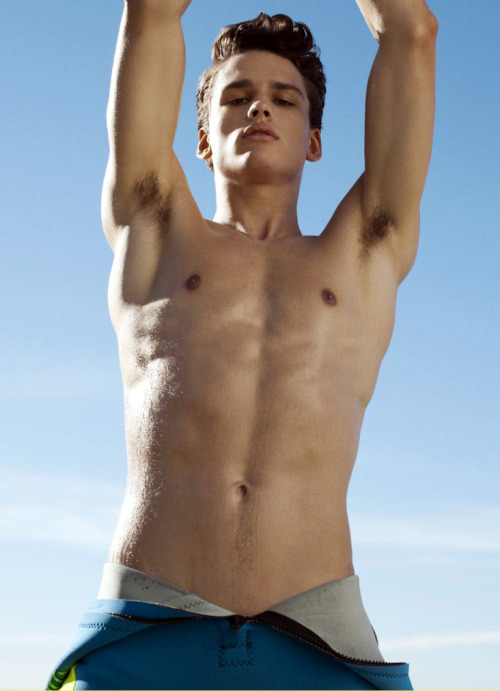 korybalski:  Simon Nessman | ph: Doug Inglish
