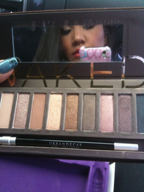 After almost a year of stalking Sephora, I FINALLY own the Naked palette!!! Got it off Kijiji for only $40, and she subbed the small sized whisky/zero liner for a full sized zero liner, I ain't even mad!!!