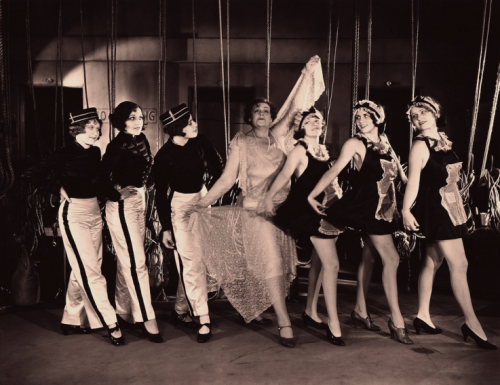 lifebyproxy:  Marie Dressler and chorus girls in Chasing Rainbows - 1930
