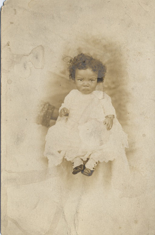 Baby Portrait w/mother's arm circa 1913 Photo by: Volney McFadden (Student Photographer) ©WaheedPhotoArchive, 2011