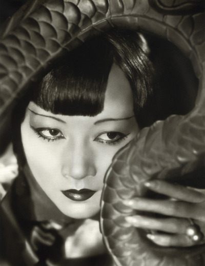 vintagebeauties:  Watching Anna May Wong in Shanghai Express, 1932