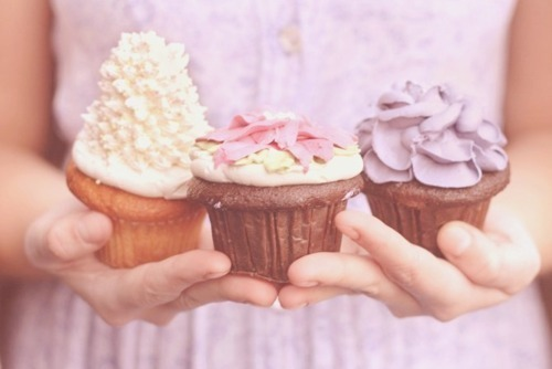 Garden cupcakes! These look so beautiful!