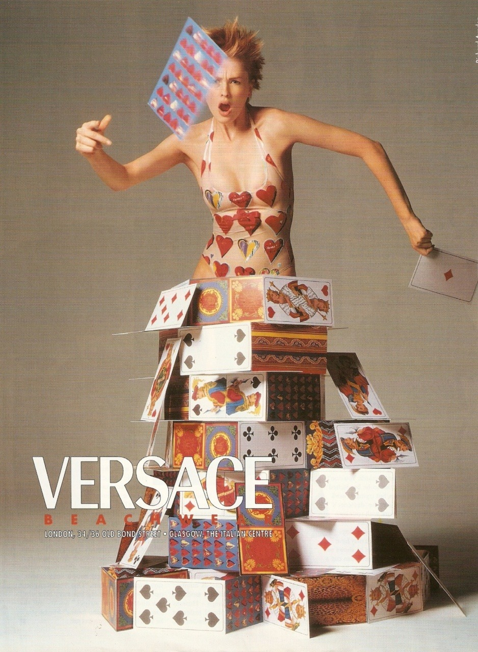 witchesandslippersandhoods:  Richard Avedon Versace 1997 Wow. Also kinda reminds me of Alice in Wonderland, which is always nice