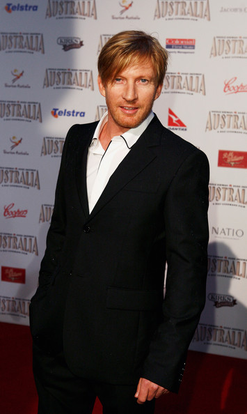 gingerberrycat:  I cannot help but fan!Cast David Wenham as Catman/Thomas Blake. I know, a LOT of people have said Josh Holloway, but David, imho, has more matching features. Plus, I'm REALLY tired of people casting already famous people in roles that I feel lesser known actor's would be perfect for. Few more pics!