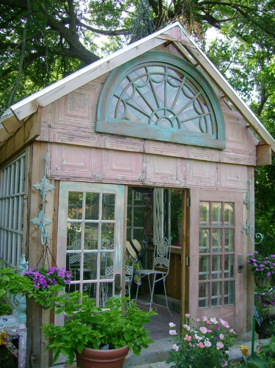 lorrainesbitsandbobs:  green house… using old tin ceiling and windows http://nollyposh.blogspot.com/