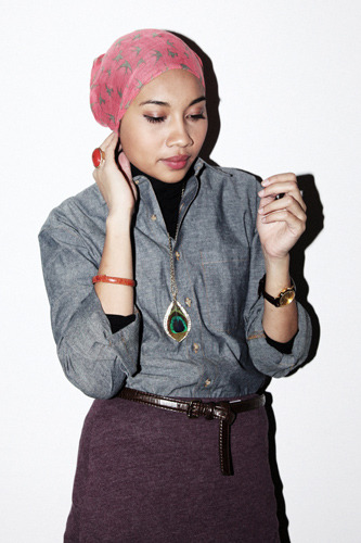 calivintage:  Hijab Chic Fashion- Yuna Zarai's My Style Shoot  surprisingly many clothes that would not be expected to match, do match if you at your own touch to it.