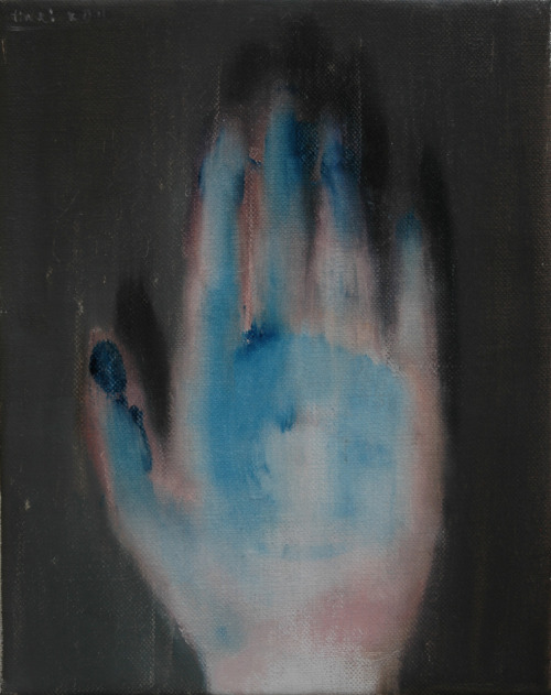 tinei:  Dirty hand, 2011. 30 x 18 cm. Oil on canvas