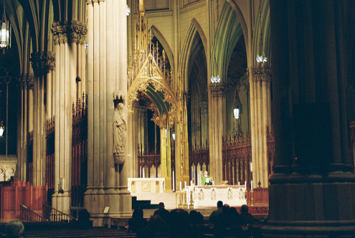 photo by meagan foreman Mass at St. Patrick's Cathedral, New York City // wai-nan:yahel