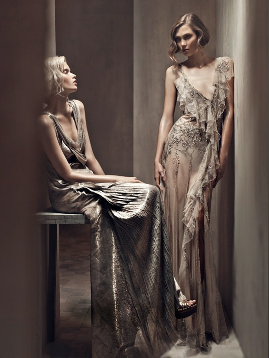 (via Donna Karan Spring 2011 Campaign by Patrick Demarchelier)