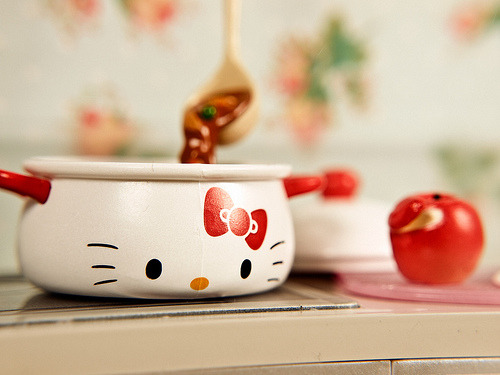 Hello Kitty Miniature Toy Re-Ment Pot