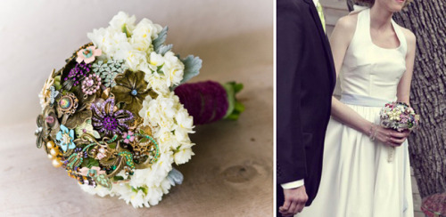 DIY STYLE: VINTAGE BROOCH BOUQUET Here's a fabulous trend in the world of bridal bouquets that is just so smart and chic: bridal bouquets made from vintage brooches.