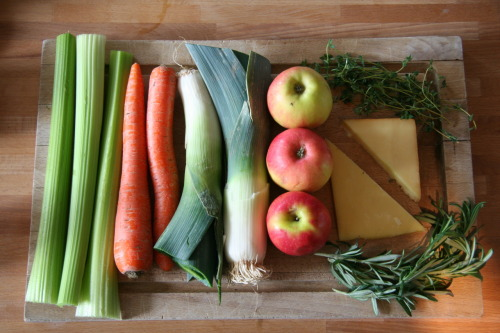 thingsorganizedneatly:  SUBMISSION: preparations for Apple and Leek Soup with Smoked Cheddar  need that recipe. sounds deeelish.