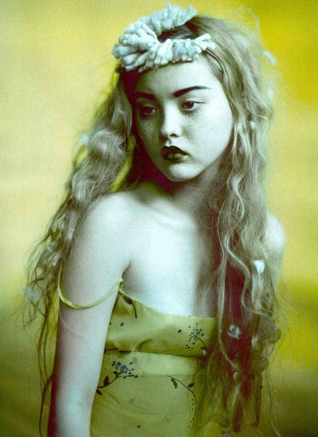 Devon Aoki photographed by Paolo Roversi - Numéro: March 1999 - Technicolor