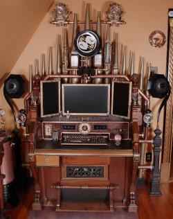 warrenraaff:  Steampunk… you're doing it RIGHT! This, btw, is how one would do steampunk. It's epic! I want my whole house to emulate this.  Go here for a more in depth look… http://www.goddesssophiawalker.com/wordpress/2010/11/03/now-this-is-how-steampunk-is-done/