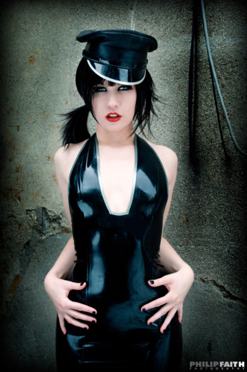 sealpond:  sealpond.net #23142 [latex] - click for highres
