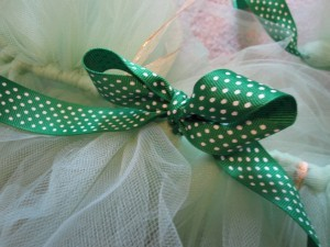 Easy No Sew Tutu Tutorial | No Time For Flash Cards