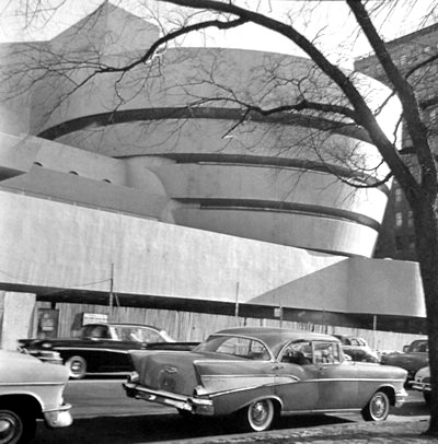 Guggenheim Museum, NYC, 1956 Frank Lloyd Wright, architect