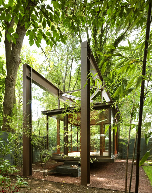 This is a beautiful glass tea house. I'm going to build one of these in my garden. nevver:  Tea House