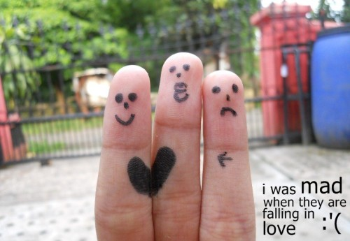 i hate, i hate… i was mad, when they are falling in love </3by: @bilqishilman
