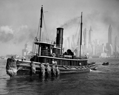 Watuppa From Brooklyn Waterfront, New York ,1936 Berenice Abbott