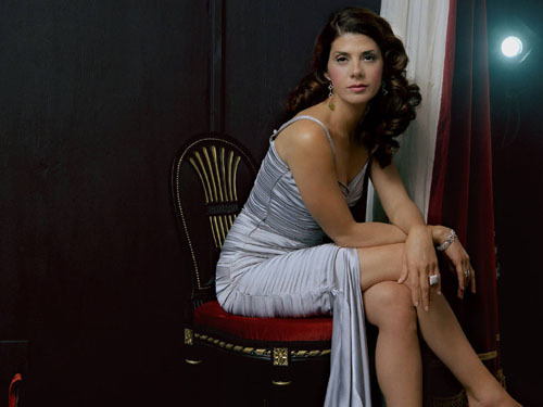 The Evolution Of Marisa Tomei 27. The Wrestler (2008) High praise again greeted this stellar drama from director Darren Aronofsky. Tomei turns in a staggering performance as an aging stripper who strikes up an understanding and a friendship with a retired wrestler. Mickey Rourke made his comeback as the wrestler in question. The film earned rave reviews, and Aronofsky considers his recent Black Swan a companion piece to the film. Award Worthy? Another Oscar nomination, but no win. She was robbed.