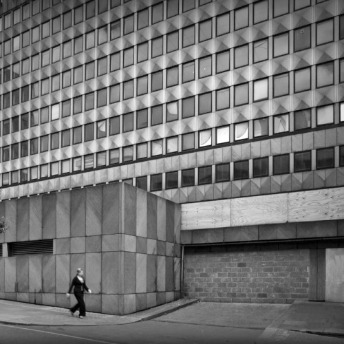 An unidentified concrete building in London, by Andy Spain, from an archdaily collection: Architecture Photography: Brutalism in the UK. (indirectly via)