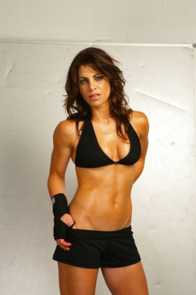 noskinnybitcheshere:  Jillian Michaels. Looking Stunning.