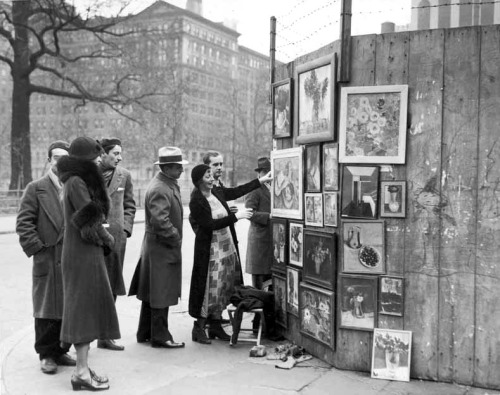 Paintings for sale at Greenwich Village, NY, 1932