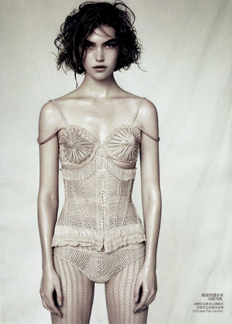 Arizona Muse photographed by Paolo Roversi - Vogue China: April 2011 - Sound of Silence